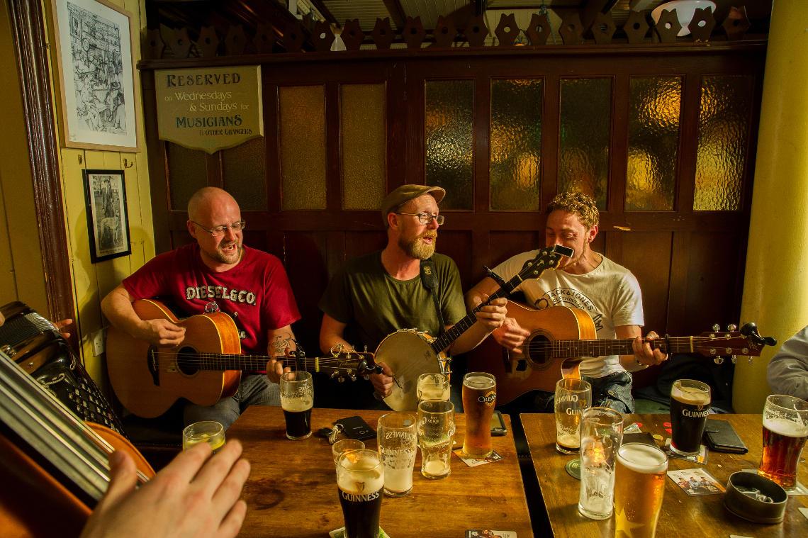 Live music in Cunningham's Kildare