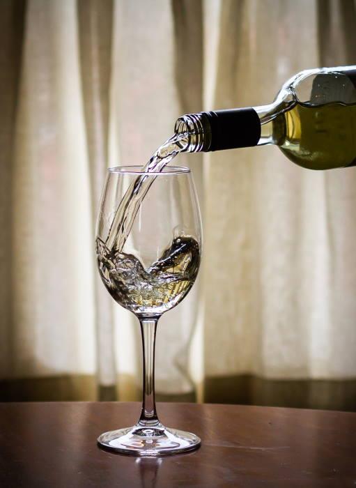 white-wine-cunninghams-kildare
